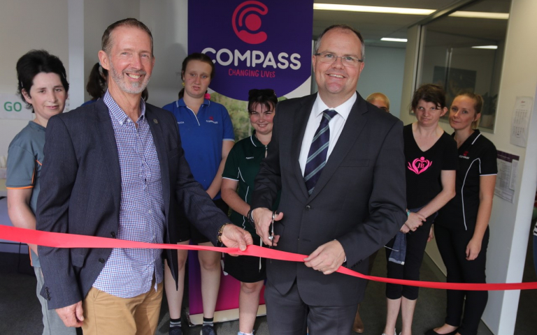 Nambour-Opening_ribbon-with-Ted-2